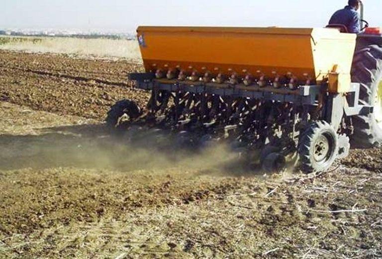 Effet à moyen et à long terme du semis direct sur la matière organique, la stabilité structurale et la compaction des sols argileux au Maroc